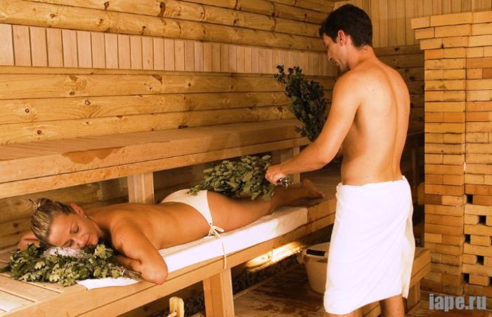 Как правильно делать массаж веником в бане