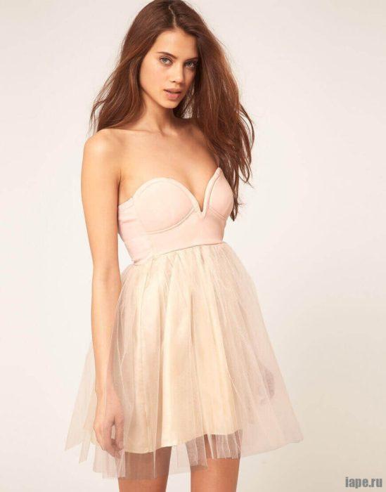 Что такое платье-корсаж?